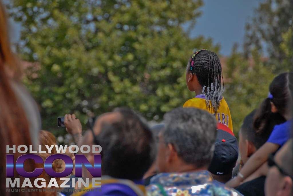 LA Lakers Championship Parade By JB Brookman-12 Girl
