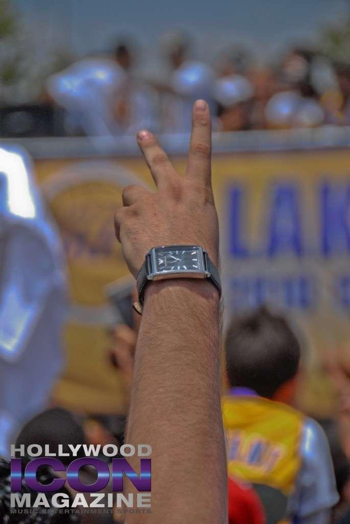 LA Lakers Championship Parade By JB Brookman-26 Fan Peace