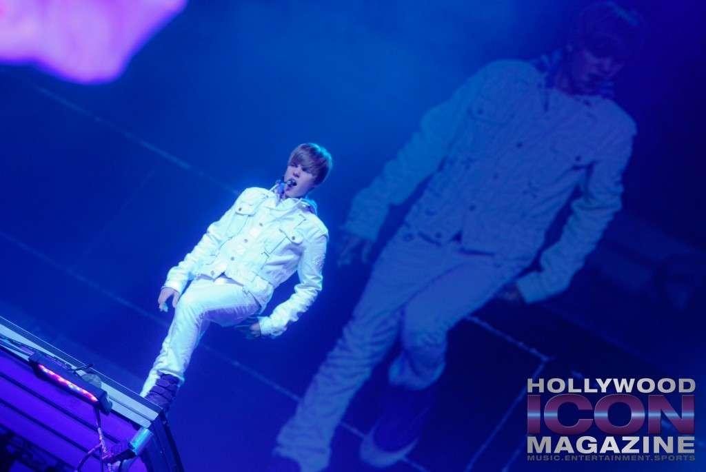 Justin-Bieber-Staples-Center-Los-Angeles-©-JB-Brookman-Photography-Hollywood-Icon-Magazine-13fhim