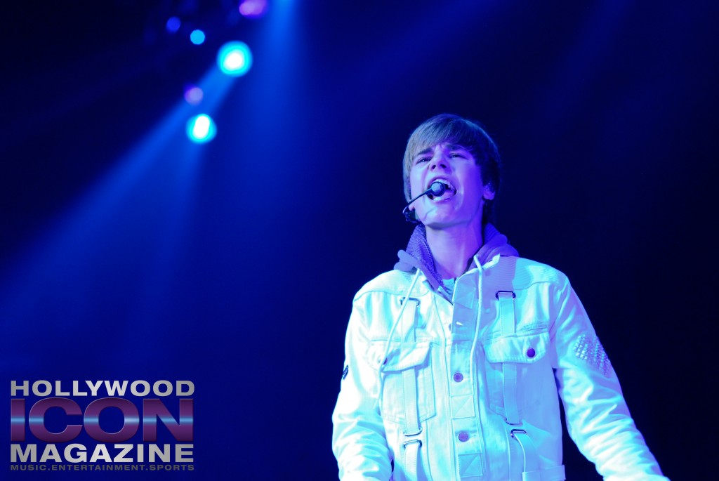 Justin-Bieber-Staples-Center-Los-Angeles-©-JB-Brookman-Photography-Hollywood-Icon-Magazine-29fhim