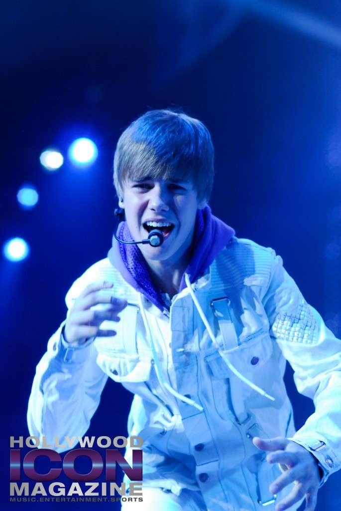 Justin-Bieber-Staples-Center-Los-Angeles-©-JB-Brookman-Photography-Hollywood-Icon-Magazine-3fhim
