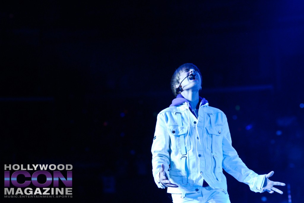 Justin-Bieber-Staples-Center-Los-Angeles-©-JB-Brookman-Photography-Hollywood-Icon-Magazine-8fhim