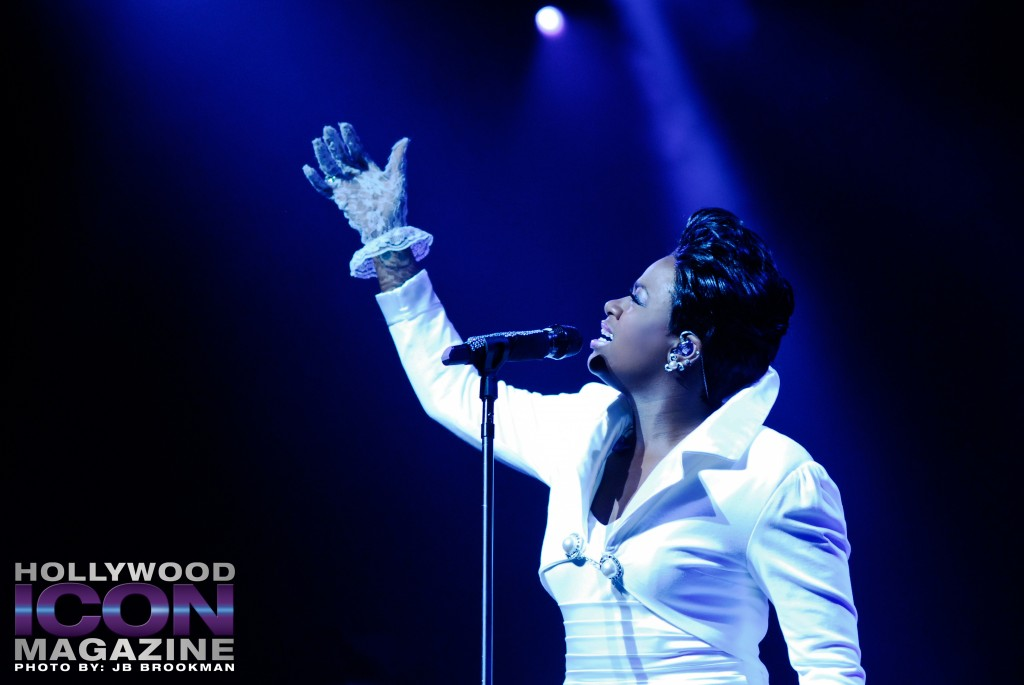 Fantasia-Club-Nokia-Los-Angeles-©-2010-JB-Brookman-Photography-12fhim