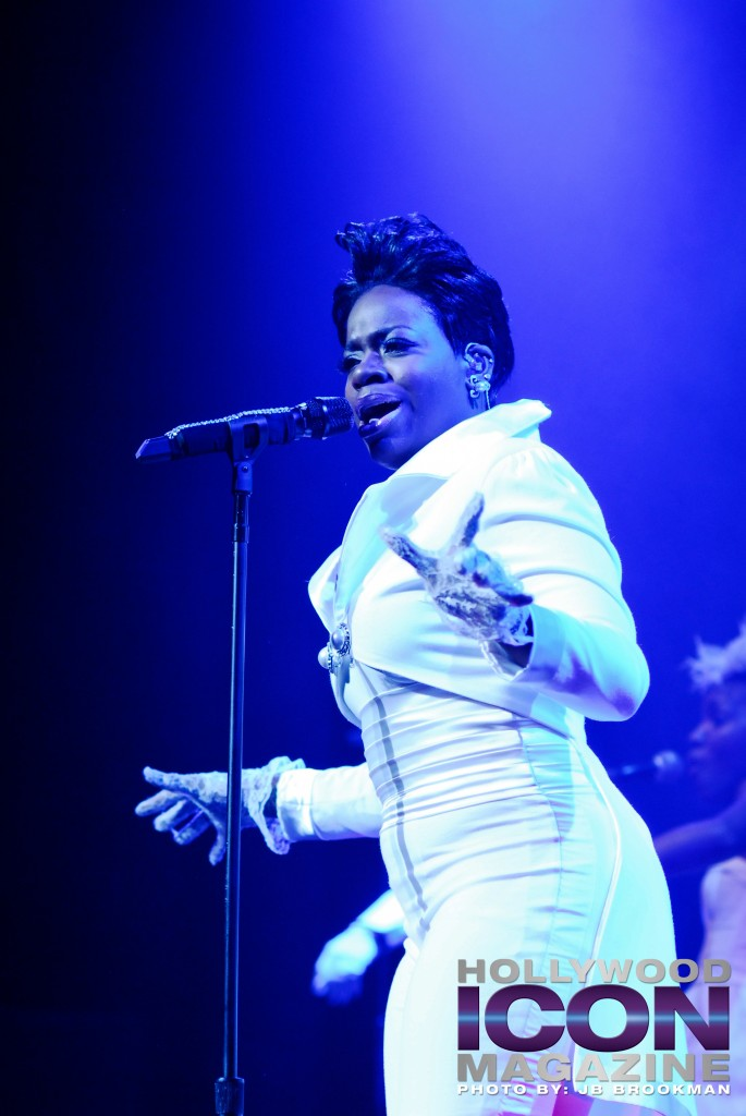 Fantasia-Club-Nokia-Los-Angeles-©-2010-JB-Brookman-Photography-17fhim
