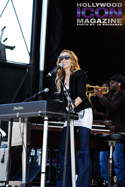 Sheryl-Crow-Avila-Beach-Resort-Options-Music-Festival-©-2011-JB-Brookman-Photography-2fhim