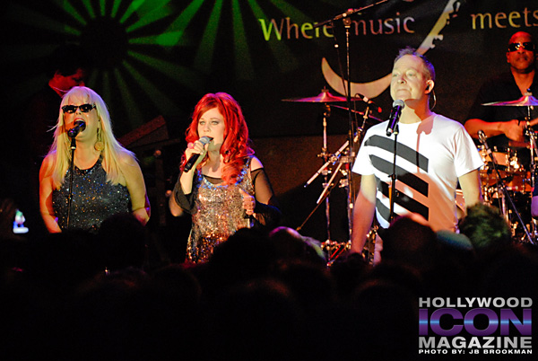 The-B-52s-Canyon-Club-©-2011-JB-Brookman-Photography-10fhim