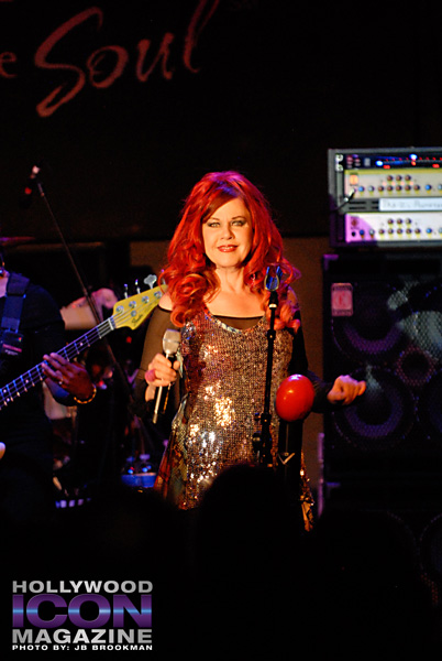 The-B-52s-Canyon-Club-©-2011-JB-Brookman-Photography-8fhim