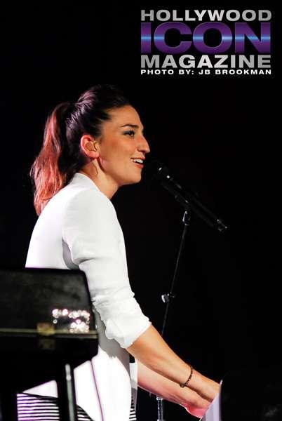 Sara-Barailles-Wilma-Theatre-©-2011-JB-Brookman-Photographyfhim