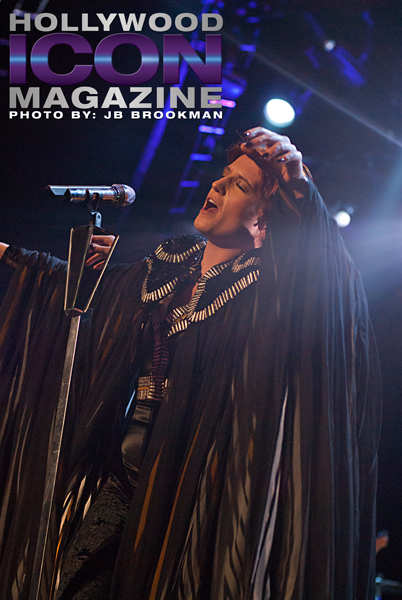 Santa Barbara Bowl fans enjoyed a very theatrical Florence + The Machine show. Photo: JB Brookman