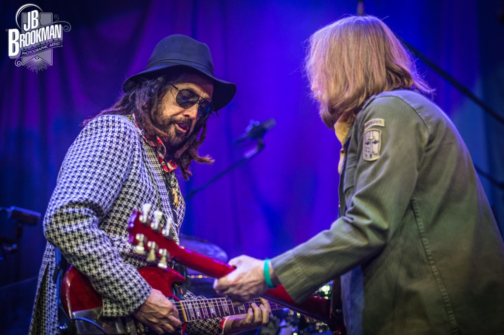 Tom Petty & The Heartbreakers rock the night, in Nashville. Photo: JB Brookman